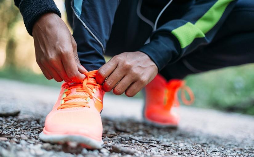 Löpning - Knyter skorna